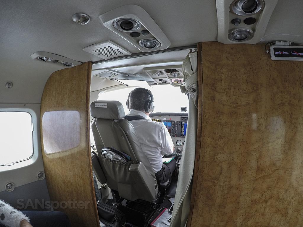 mokulele airlines pilot
