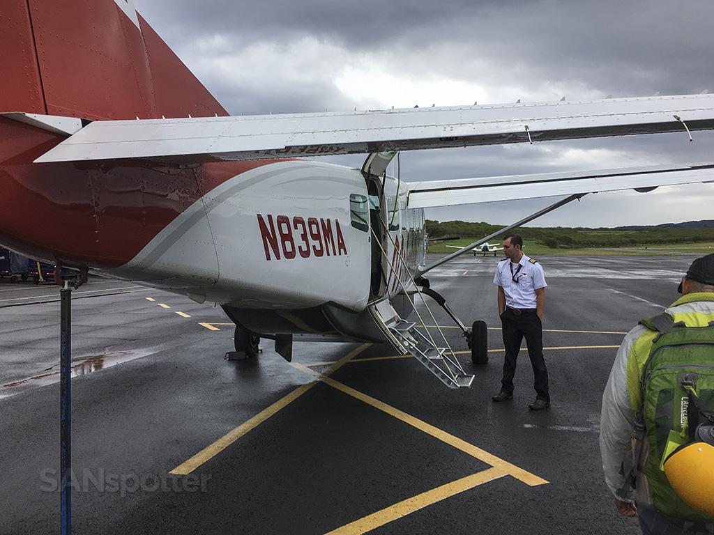N839MA mokulele airlines MKK
