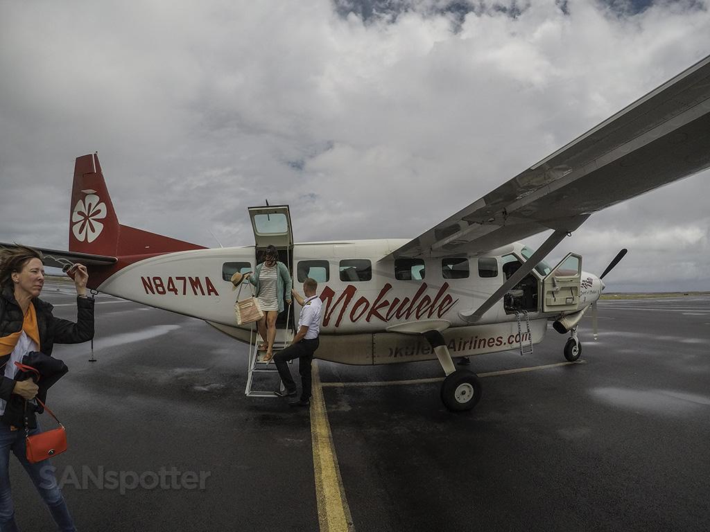 mokulele cessna 208 N847MA Kona airport