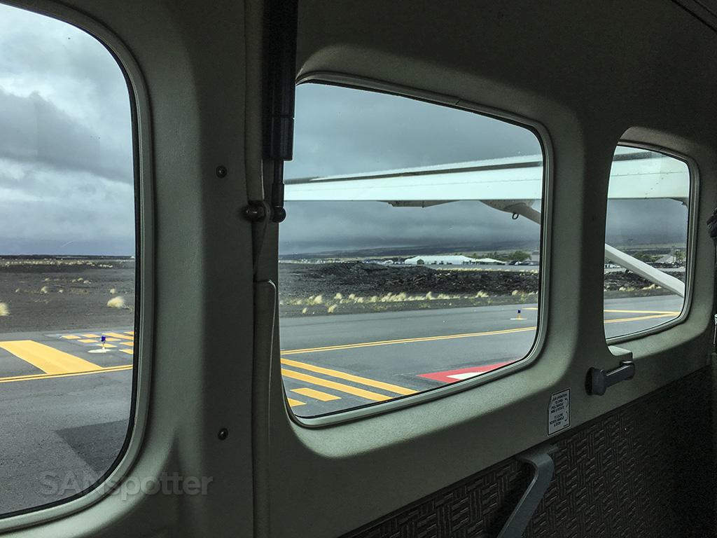 KOA airport mokluele airlines cessna 208