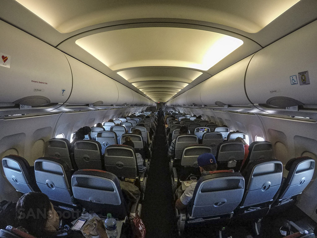 American Airlines A319 economy class cabin pic