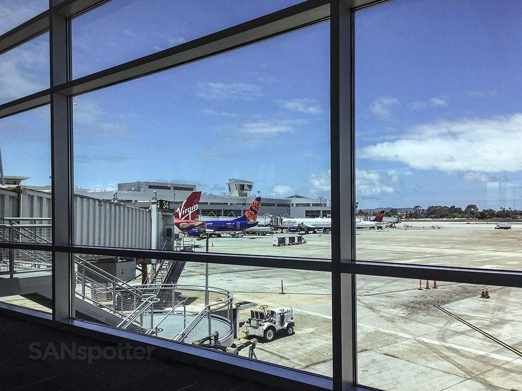 SAN plane spotting