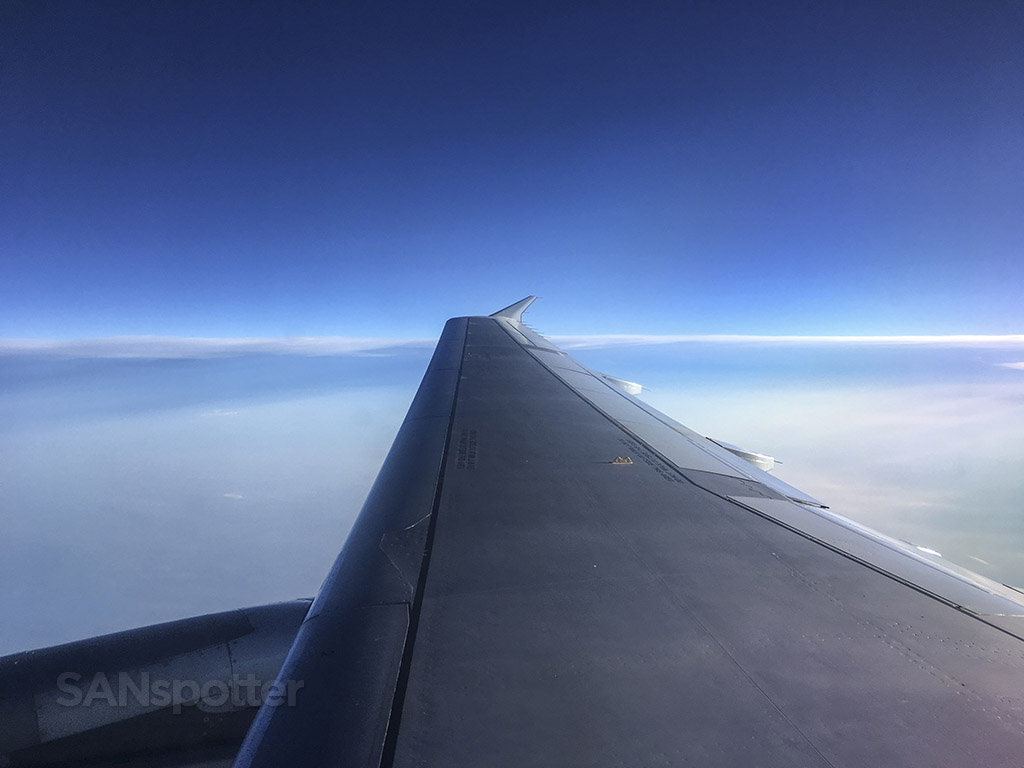 American Airlines A319 wing
