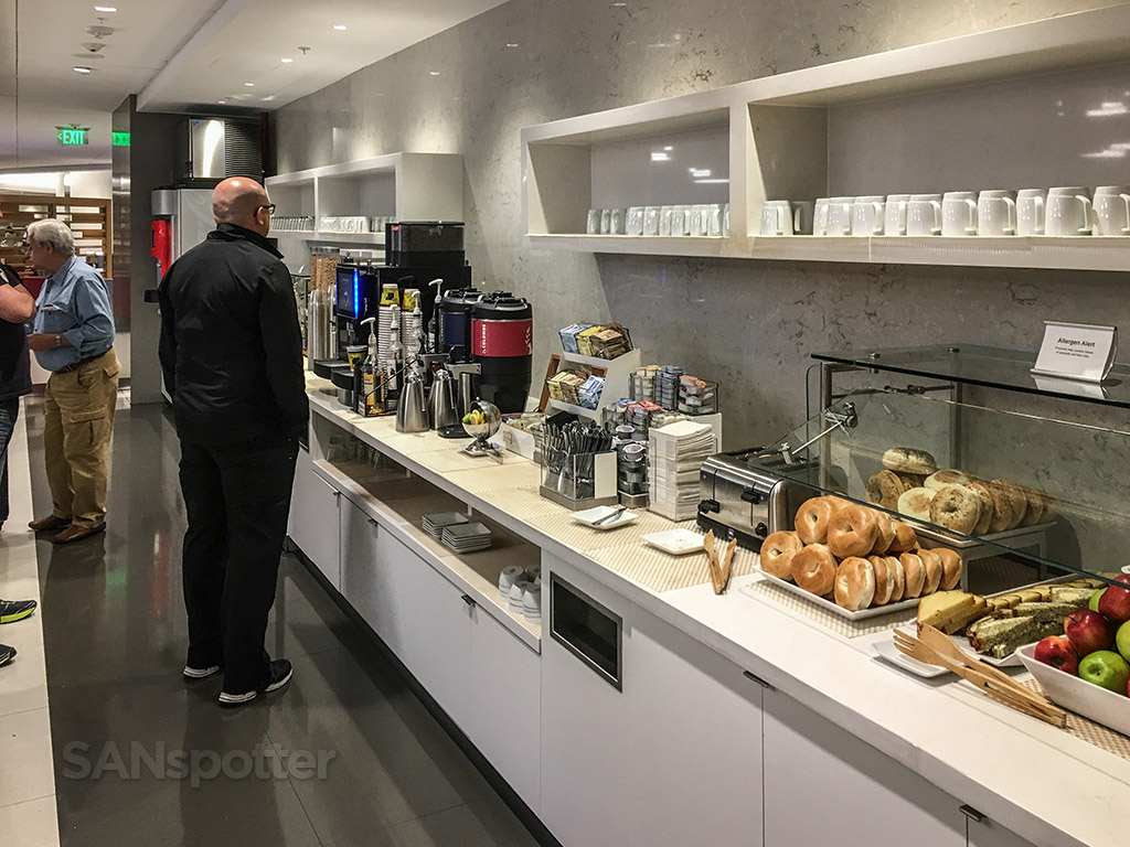 American Airlines admirals club MIA breakfast