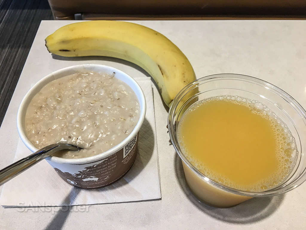 American Airlines admirals club breakfast