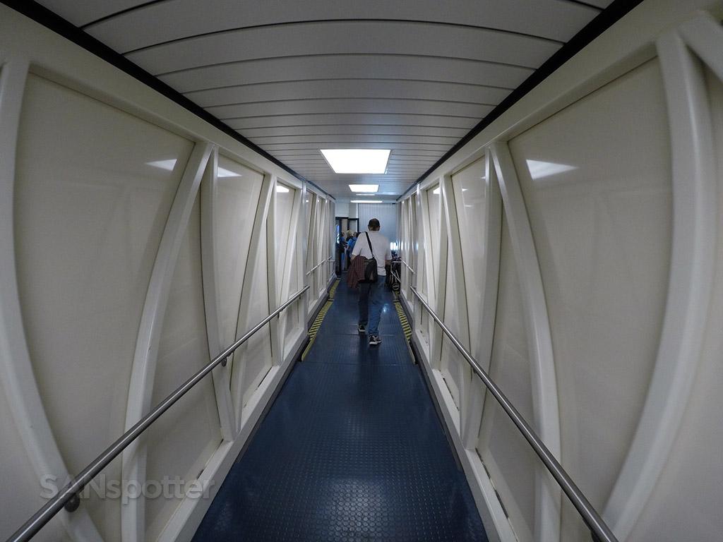 Hawaiian Airlines jet bridge
