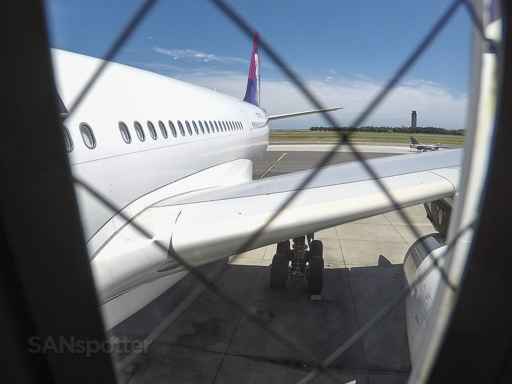 Boarding Hawaiian airlines a330