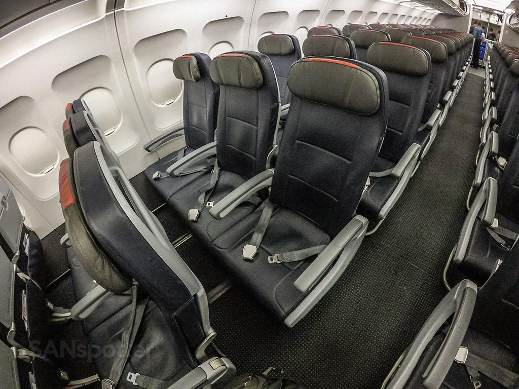 American Airlines A319 economy class seats