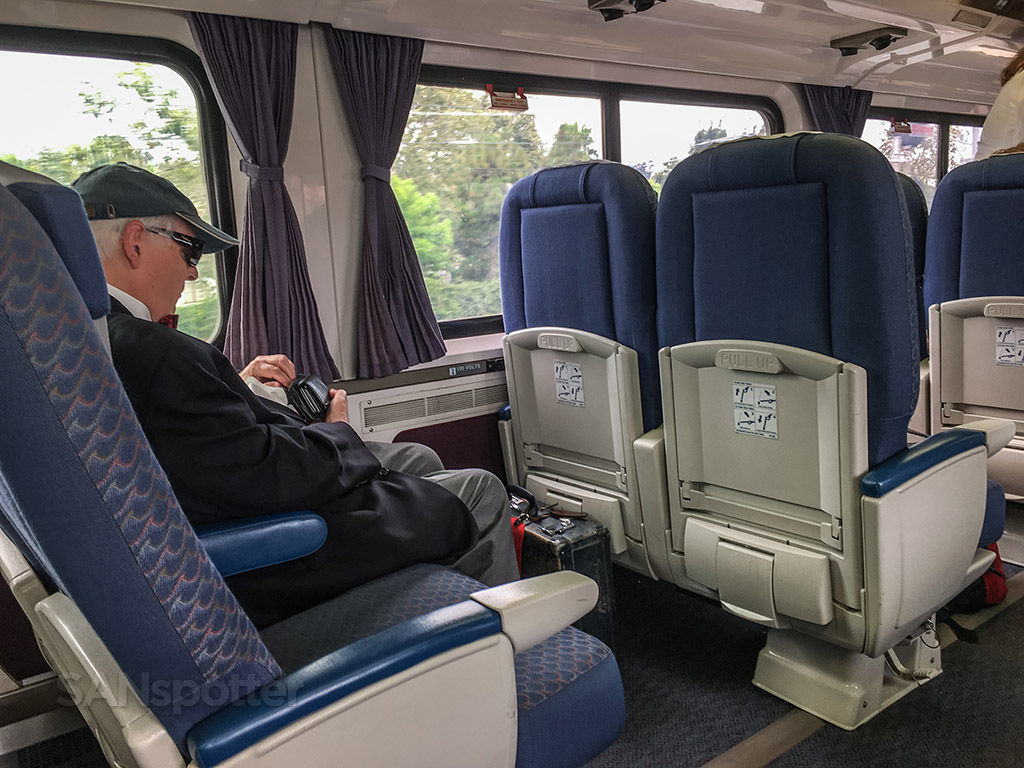 Amtrak Pacific surfliner passenger