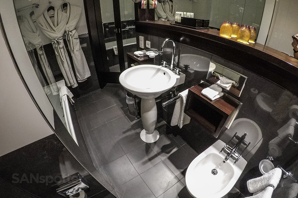 Sofitel Liberdade bathroom design