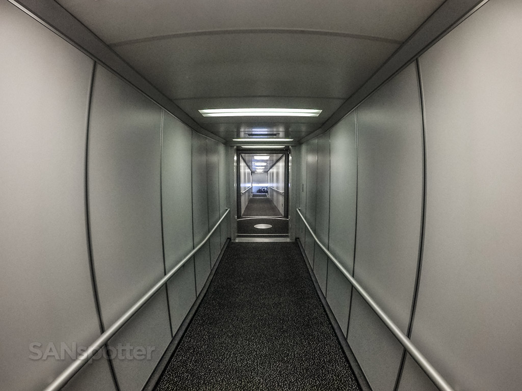 MSP airport Humphrey terminal jet bridge