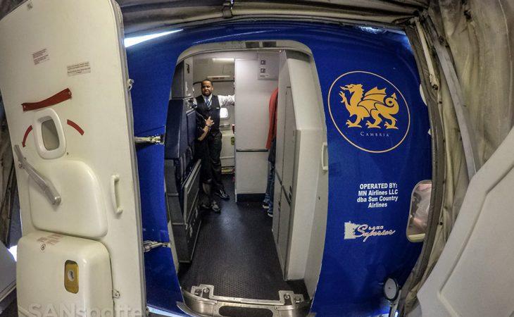 Sun country Airlines 737-700 boarding door