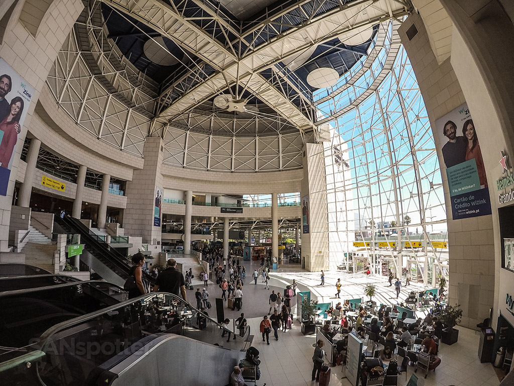 lisbon airport interior