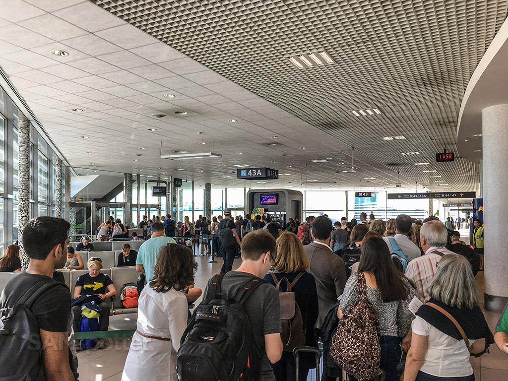 lisbon airport gate 43A