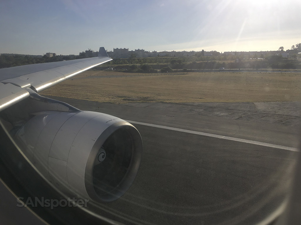 a330 takeoff lisbon airport