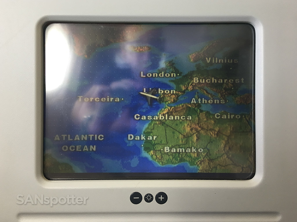 lisbon to toronto in flight map