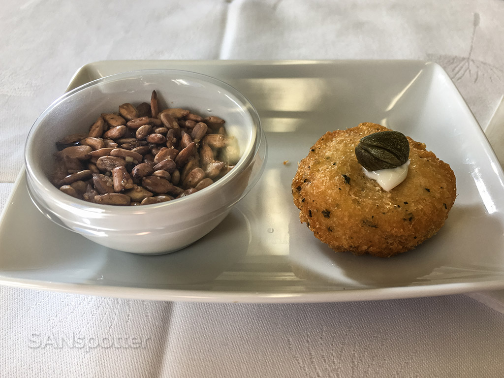 tap portugal business class appetizer