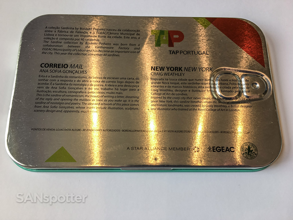 TAP portugal business class amenity kit