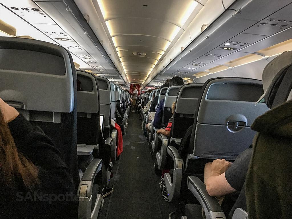 Air Canada Rouge a321 aisle