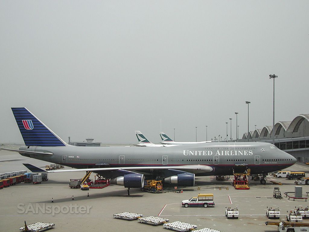 United airlines 747 battleship gray colors Hong Kong French please d