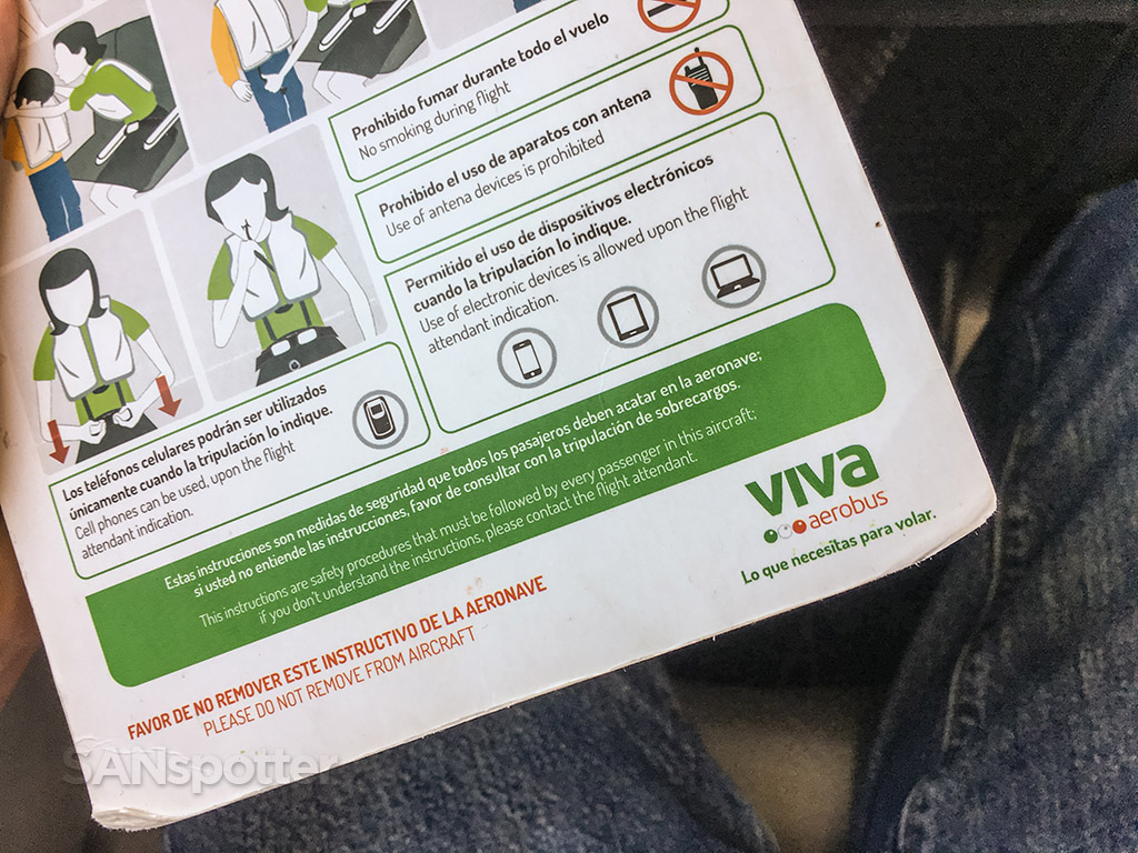 VivaAerobus Branding safety card