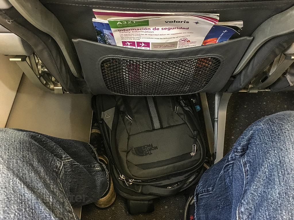Volaris A321 leg room