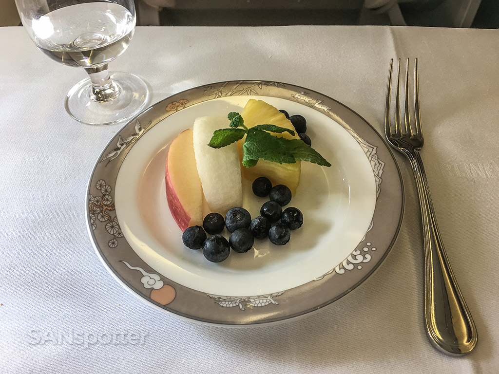 Asiana business class launch fruit plate