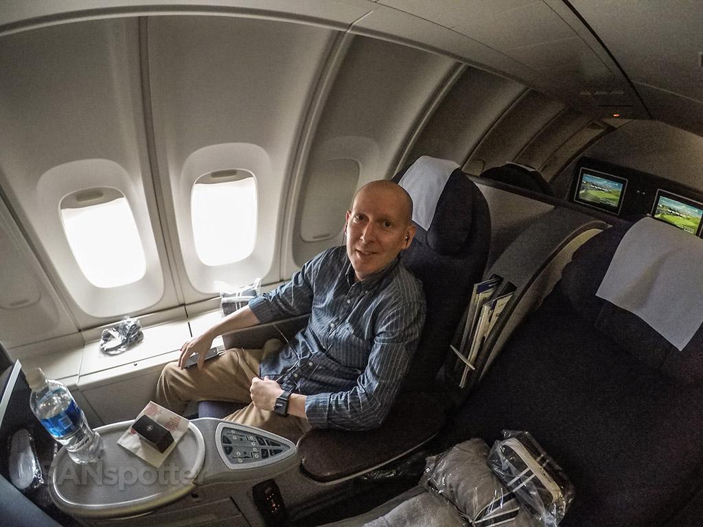 SANspotter selfie United 747-400