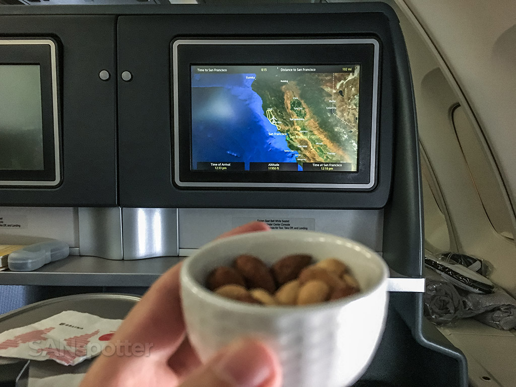 Warm nuts United airlines Polaris business class