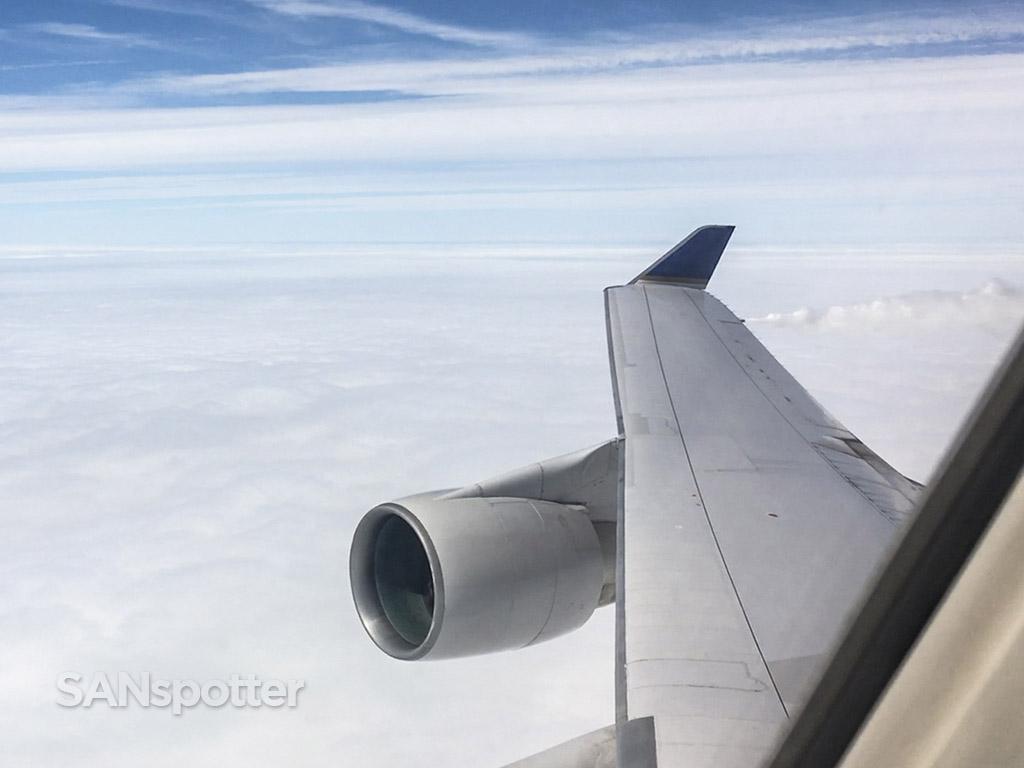 747-400 dumping fuel