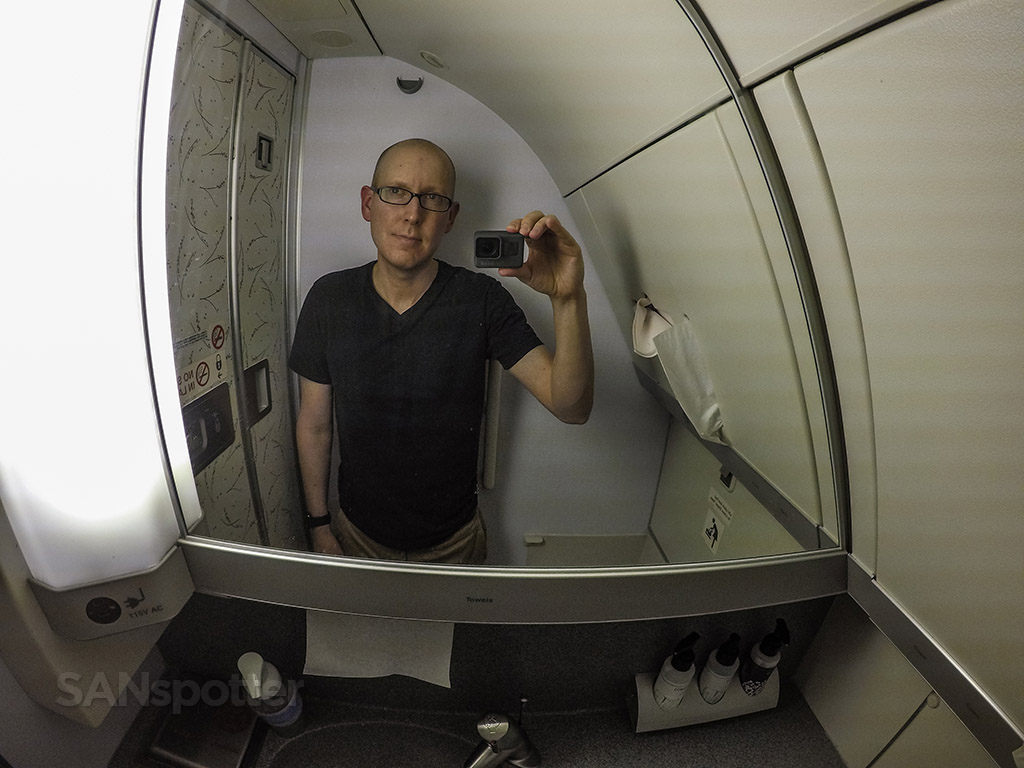 SANspotter selfie 747 bathroom