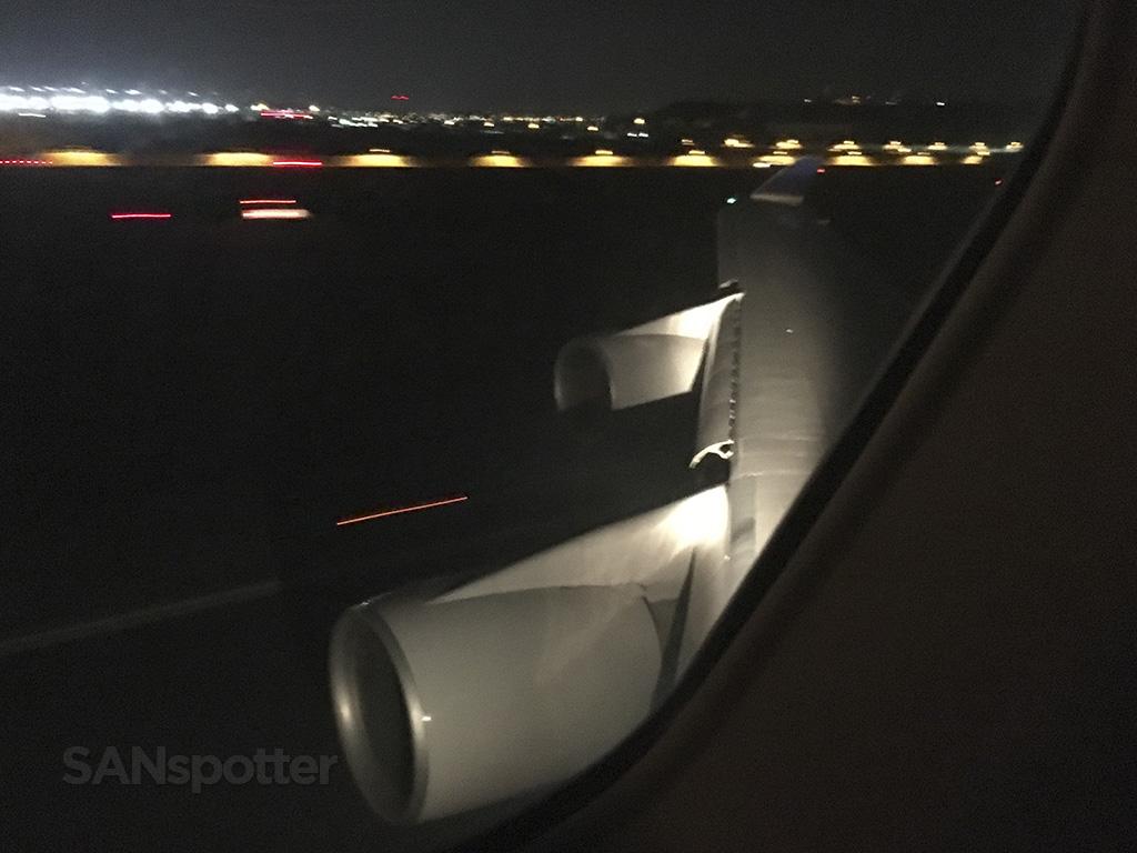 747 landing at ICN