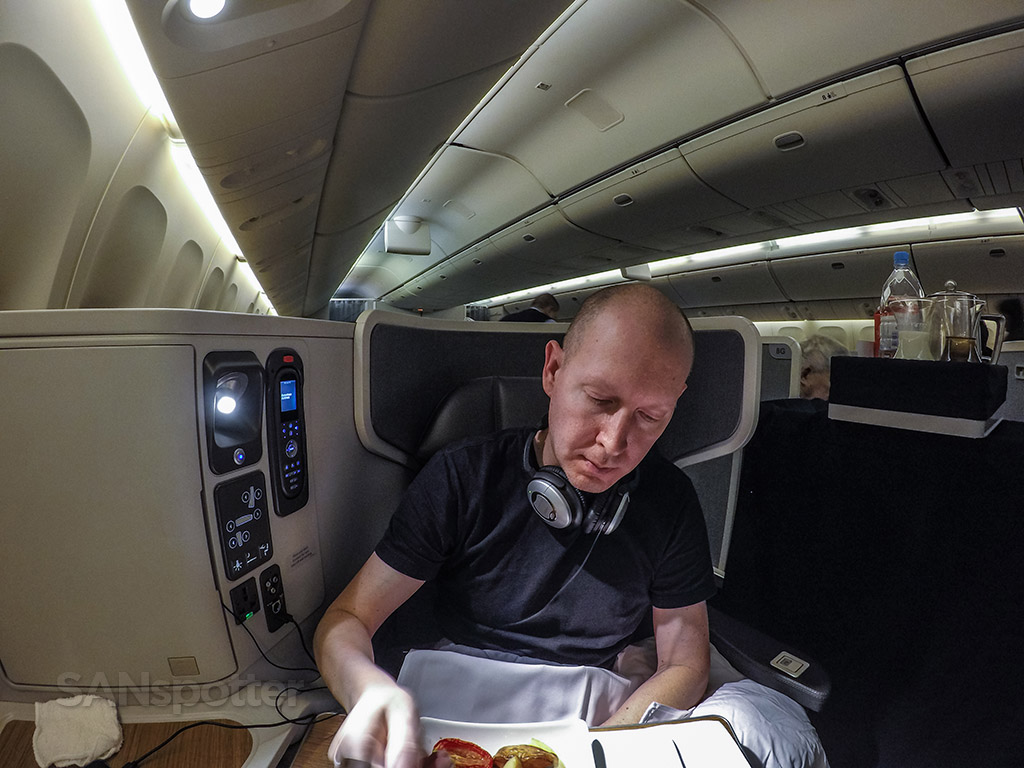SANspotter selfie American Airlines 777–300 business class
