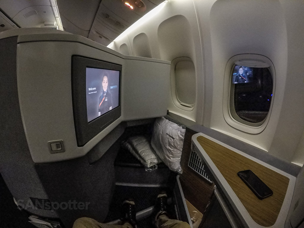 American Airlines 777–300 business class