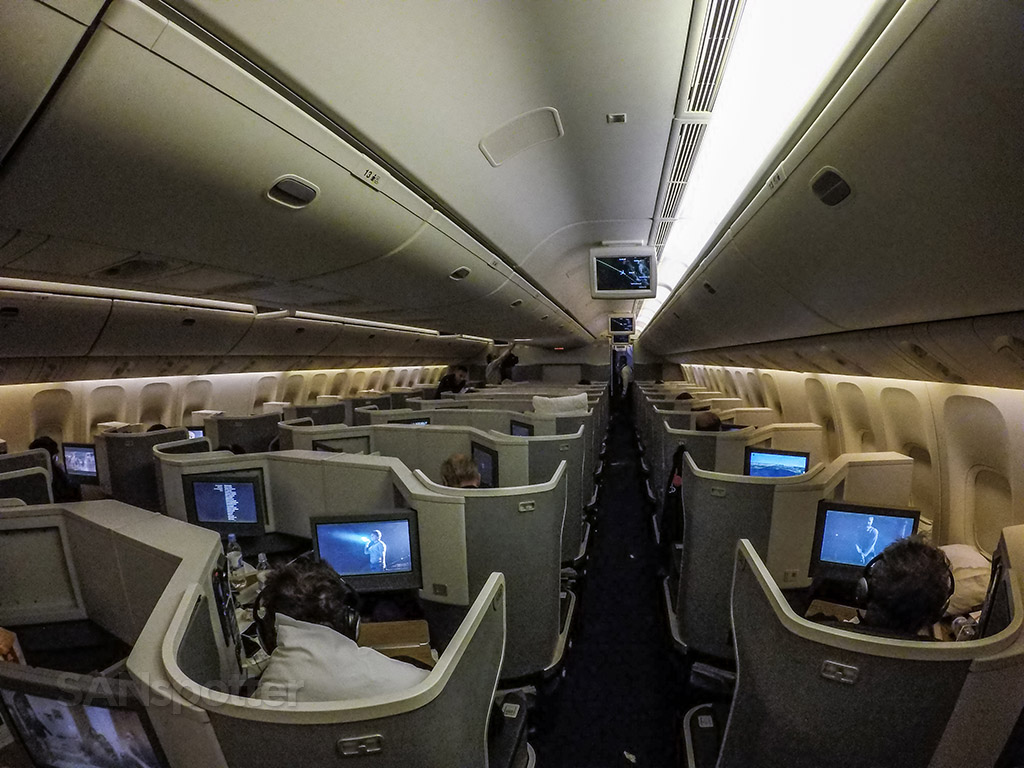 American Airlines 777–300 business class cabin
