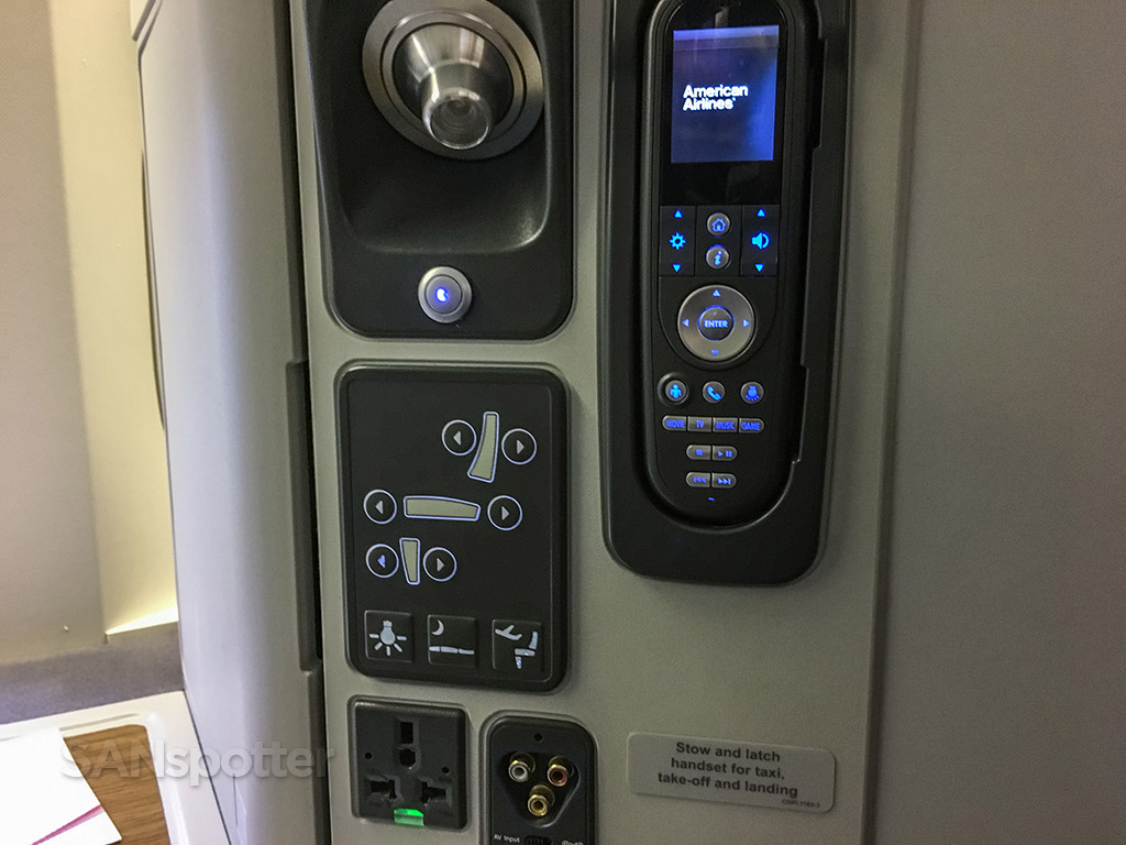 American Airlines 777–300 seat controls