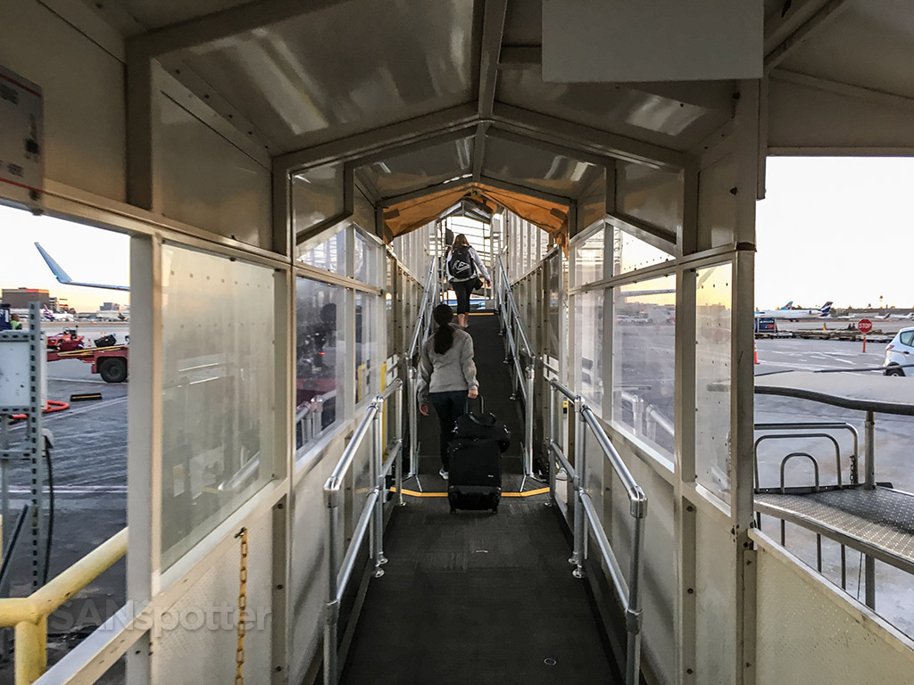 American eagle jet bridge LAX