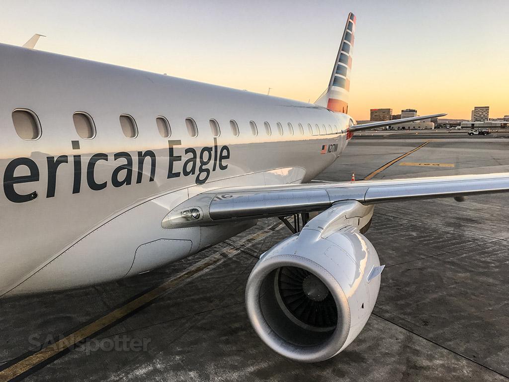 American eagle ERJ 175 LAX