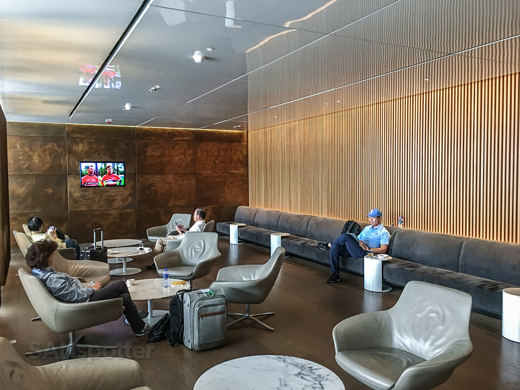 Cathay Pacific business class lounge open seating