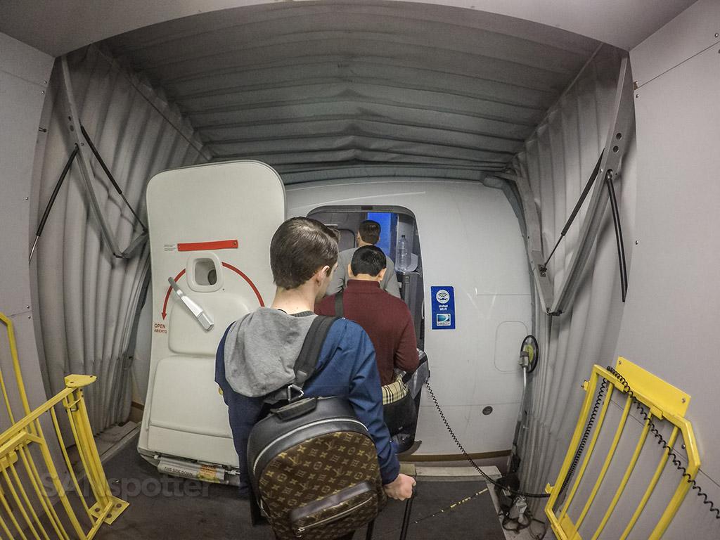 United 737-900 boarding door
