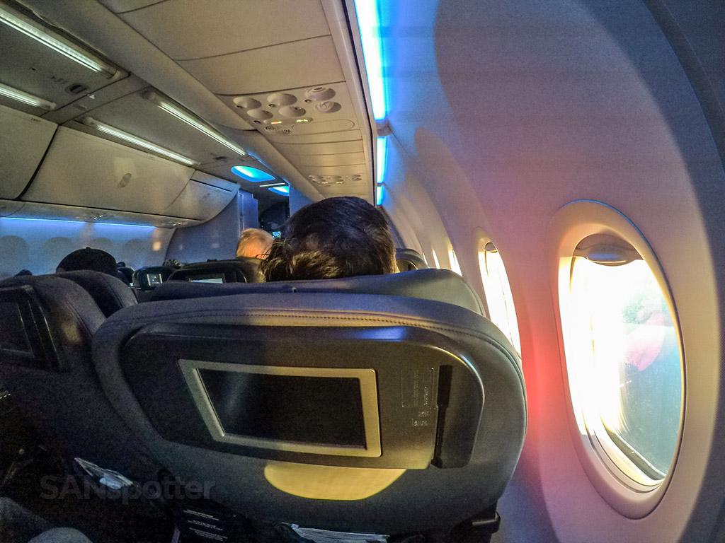Cruising altitude United Airlines 737-900