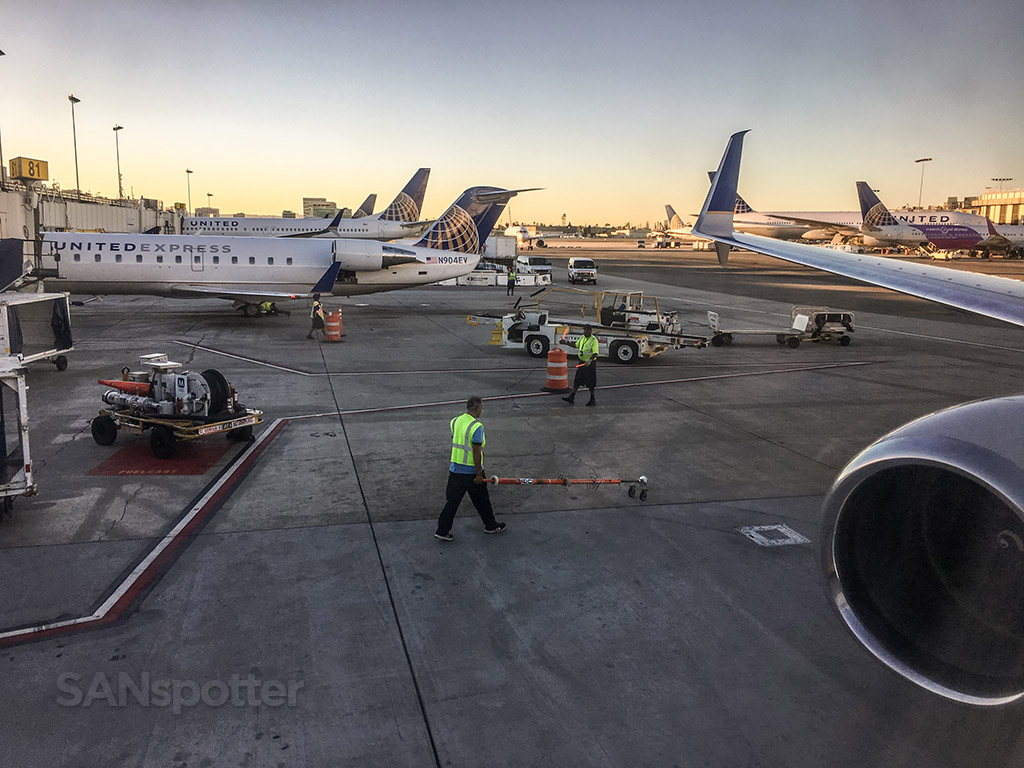 United Airlines gates LAX