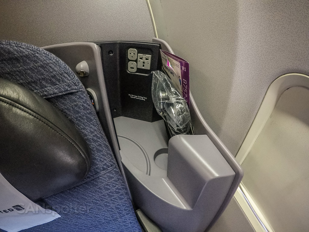 United Airlines 757-200 Premium Business Class (P.S.) seat details