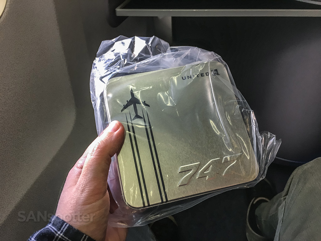 United airlines 747 amenity kit