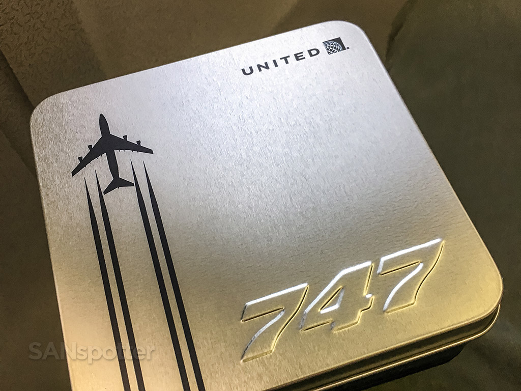 United Airlines 747 farewell amenity kit