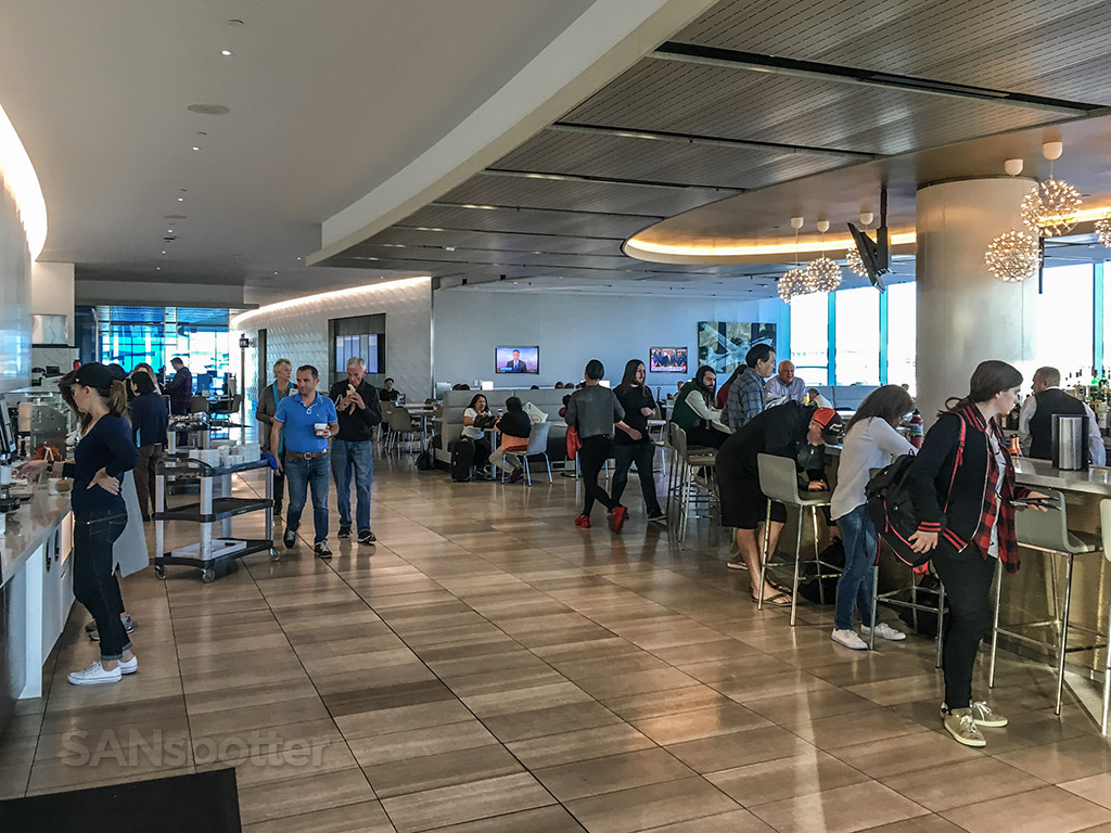 United club food and bar LAX