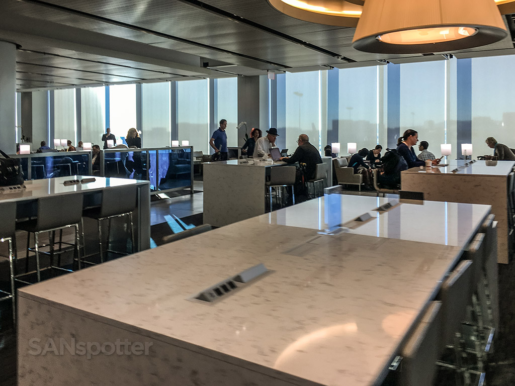 Large workstations for computers United club LAX