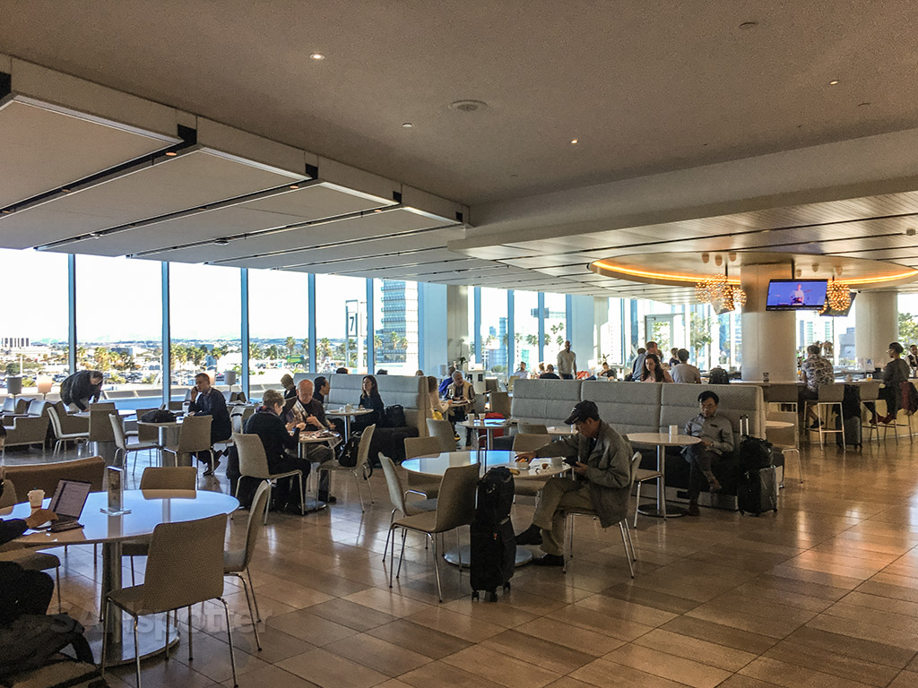 United club interior LAX