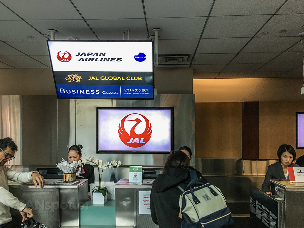 JAL check in counter SAN