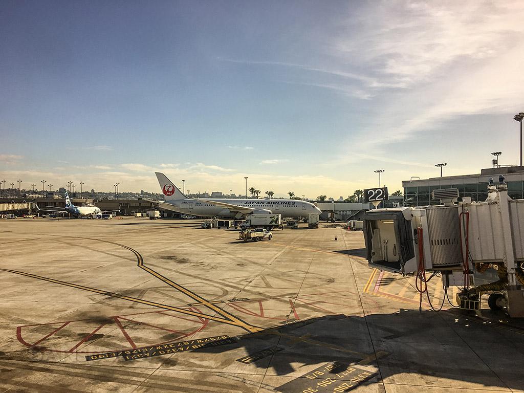Japan Airlines 787 SAN
